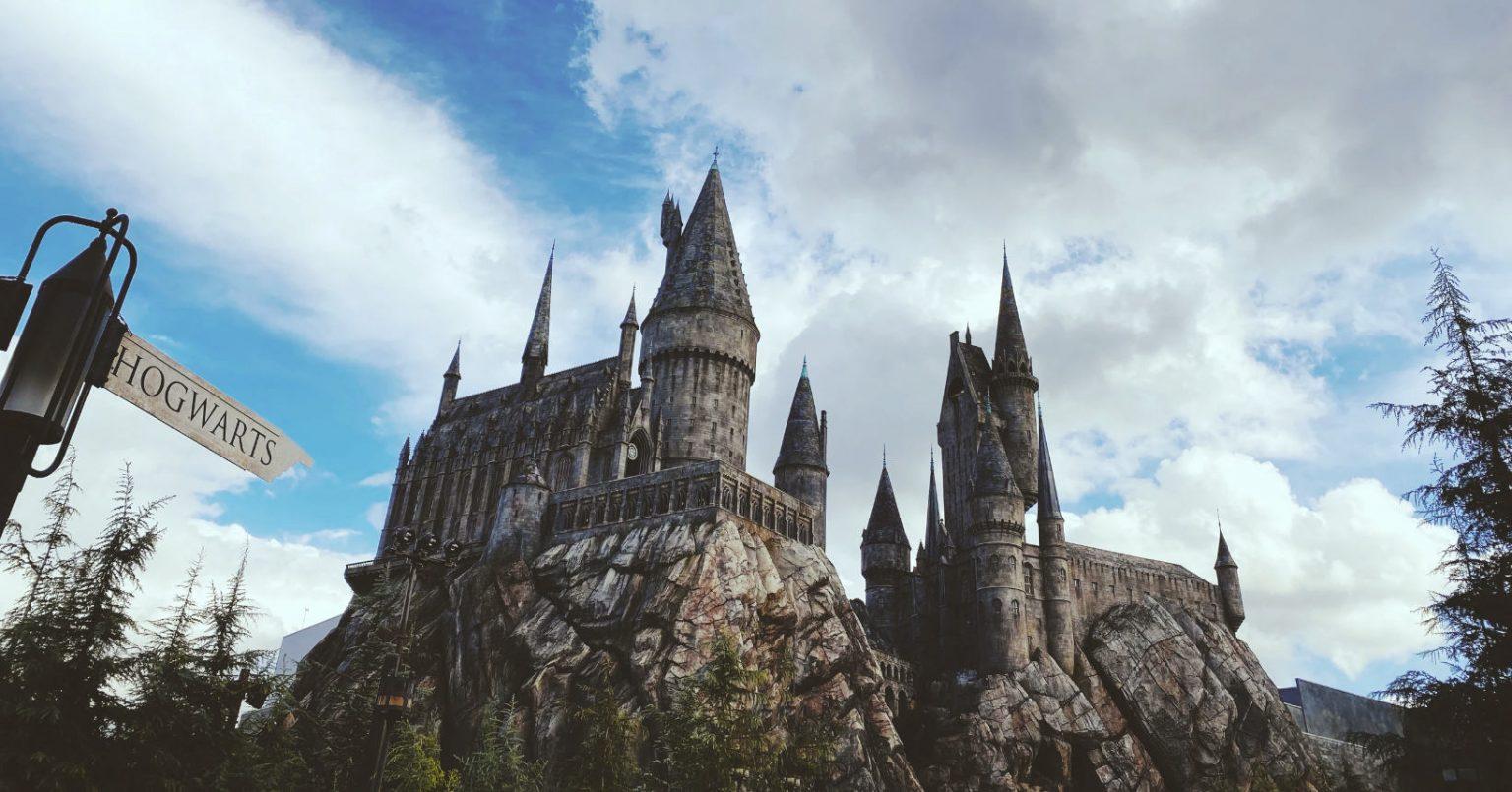 Autora de Harry Potter cria site com jogos e atividades